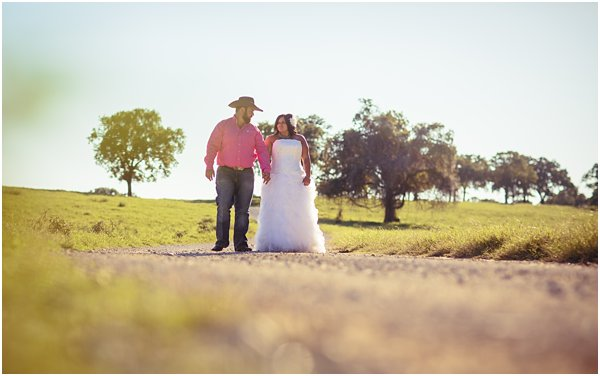 Country Themed Horse Shotgun Bride and Groom After Session by POPography.org_612