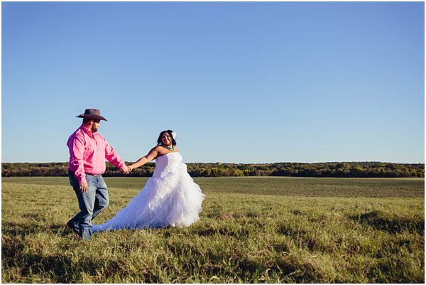 Country Themed Horse Shotgun Bride and Groom After Session by POPography.org_622